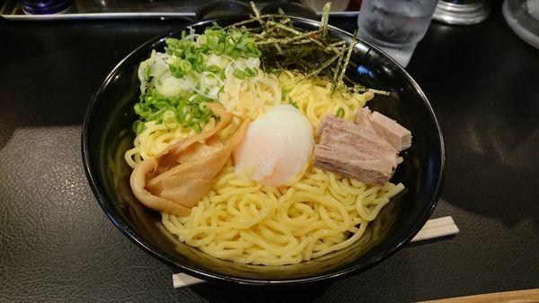 「W盛り 半熟卵」@東京油組総本店 人形町組の写真