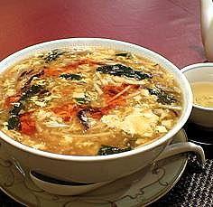 「サンラータン麺980円+大盛+お茶」@中国料理 龍皇の写真