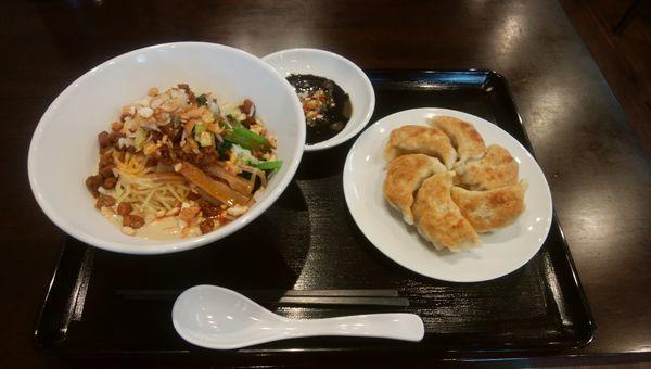 「冷やし担々麺」@お食事処 モチマルの写真