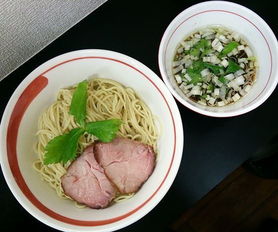 「【限定】アゴ細つけ麺 900円」@自家製麺SHINの写真
