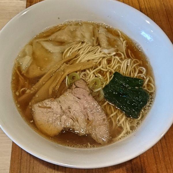 「朝ラーメン400 ワンタン3個50」@麺&cafe Coi.Coi.の写真