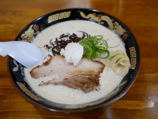 「どろラーメン 麺硬め」@ぎょらん亭 本店の写真