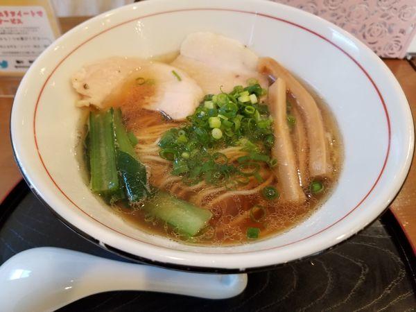 「煮干醤油麺 細ストレート麺」@麺や 阿吽の写真