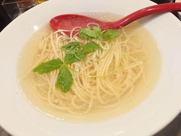 「【限定】鶏と蛤の塩そば」@立ち呑み居酒屋 金町製麺の写真