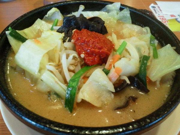 「たっぷり野菜味噌麺 702円」@大志軒 福島泉店の写真