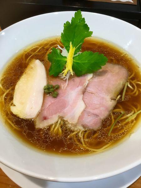 「鶏そば(醤油)¥900 +味玉 ¥200」@麺LABOひろの写真