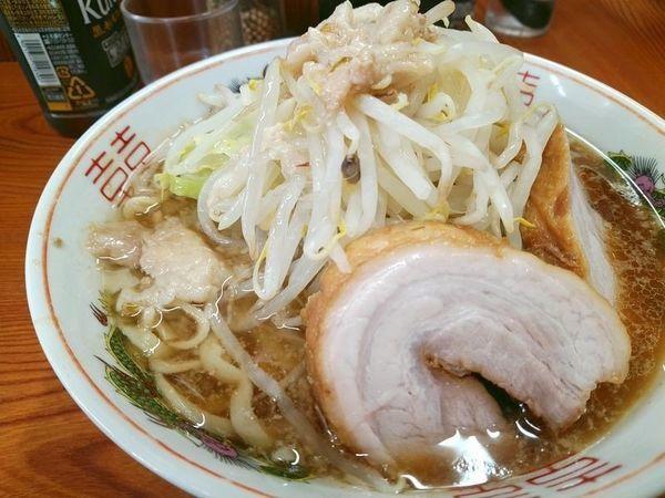 「ラーメン(麺半分、ニンニク少しヤサイ少しアブラ)」@ラーメン二郎 亀戸店の写真