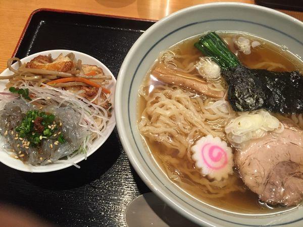 「中華そば(750円)+季節のご飯(300円)」@味処 むさし野の写真
