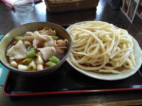「肉汁うどん 中」@藤店うどん 大宮店の写真