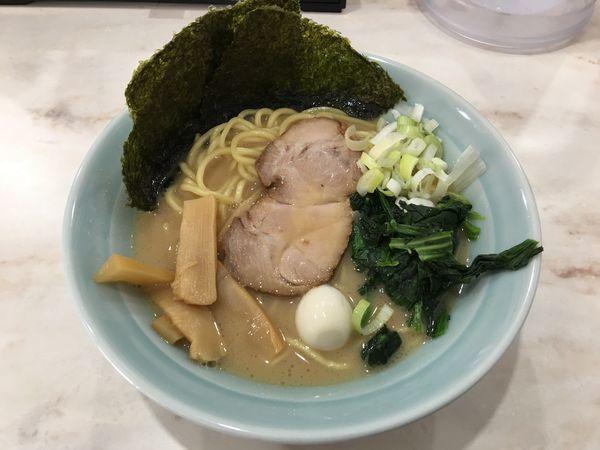 「醤油ラーメン」@横浜家系ラーメン 龍一郎の写真