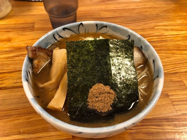 「ラーメン並(700円)」@自家製麺 然の写真