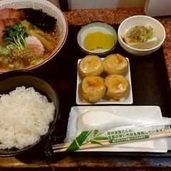だるま餃子.comの写真