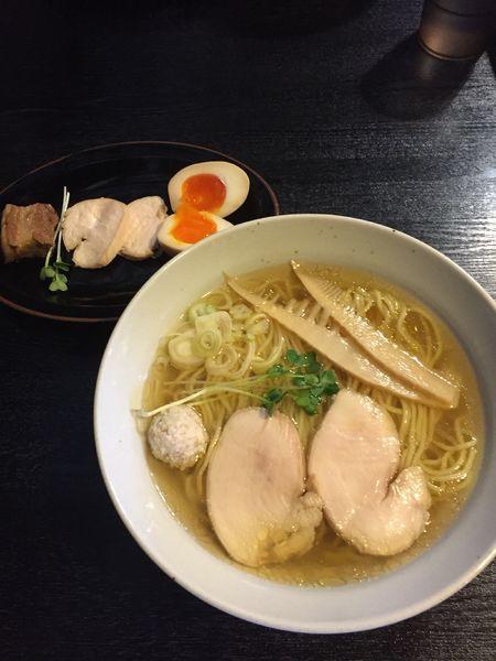 「特製鶏そば一番搾り塩」@中華そばつけそば 千思萬考の写真
