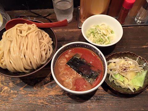 「辛つけ麺・大(400g)+ちょこっと野菜+メンマ」@つけ麺専門店 三田製麺所 田町本店の写真