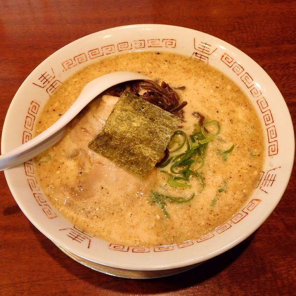 「豚骨醤油ラーメン(550円)」@二代目 哲麺 八王子店の写真