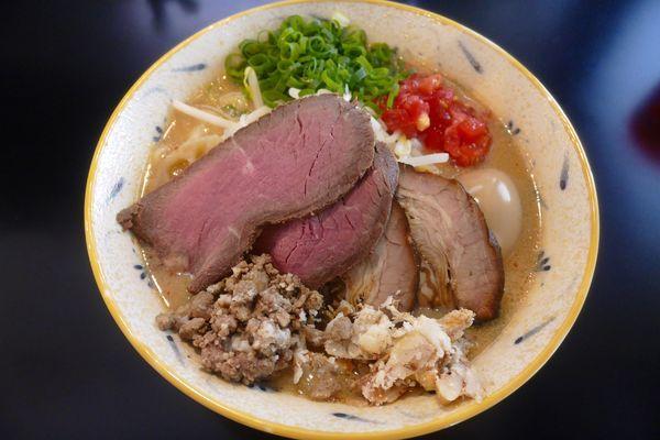 「贅沢 濃厚味噌らぁ麺¥1,100」@みそ味専門マタドールの写真