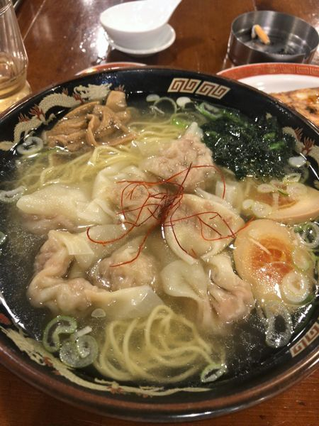「116黒豚雲呑麺¥800」@広州市場 五反田店の写真