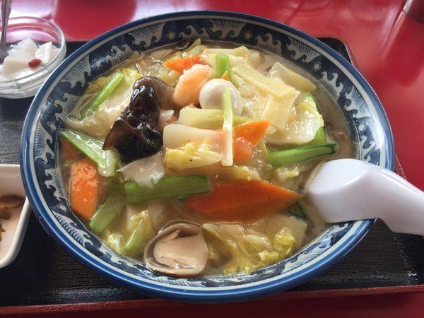 「海鮮タン麺と半炒飯」@青山餃子房の写真