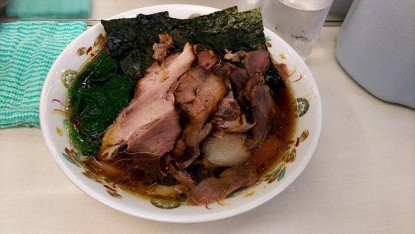 「チャーシュー麺硬め+チャーシュー100+のり50」@青島食堂 秋葉原店の写真