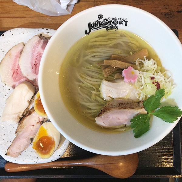 「塩のトキメキ」@らーめんstyle Junk Storyの写真