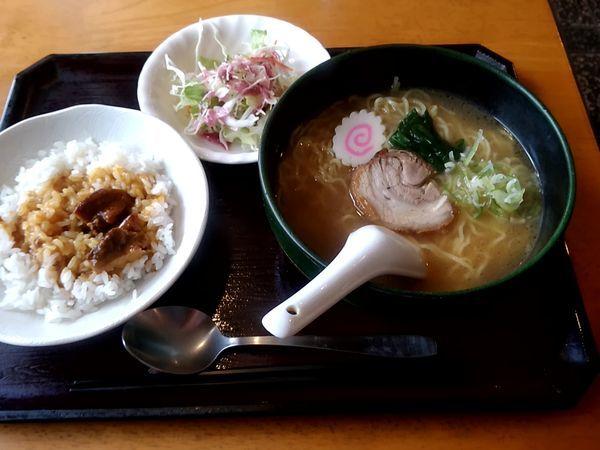 「カレーとラーメン(醤油)セット880円」@キッチンぱぱの写真