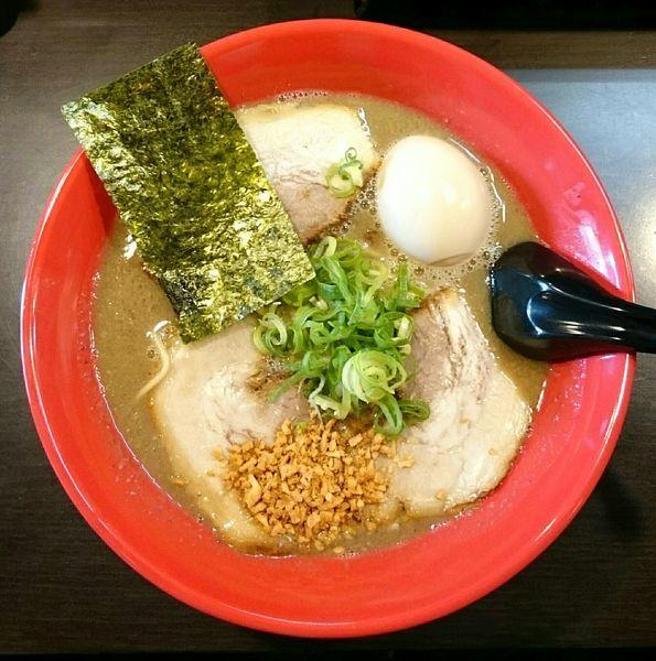 「ラーメン(塩ダレ)【限定】 味玉」@ラーメンくれはの写真