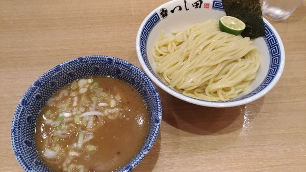 「濃厚つけ麺」@つじ田 勝どき店の写真