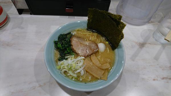 「醤油ラーメン780」@横浜家系ラーメン 龍一郎の写真