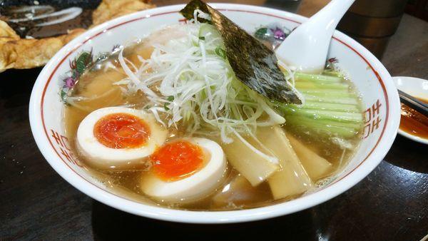 「味玉醤油ラーメン850円」@餃子の照井 福島駅東口店の写真