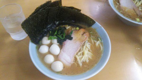 「醤油ラーメン うずら ノリ」@壱六家 大船店の写真