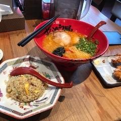 ラー麺ずんどう屋 堺八下町店の写真