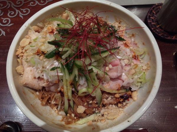 「炎鶏(四川風よだれ鶏のまぜそば)」@つけ麺 繁田の写真