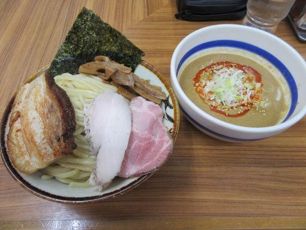 「ゴマつけ麺(880円)+中盛+炭火焼チャーシュー」@大勝軒ROSSO-ロッソ-の写真
