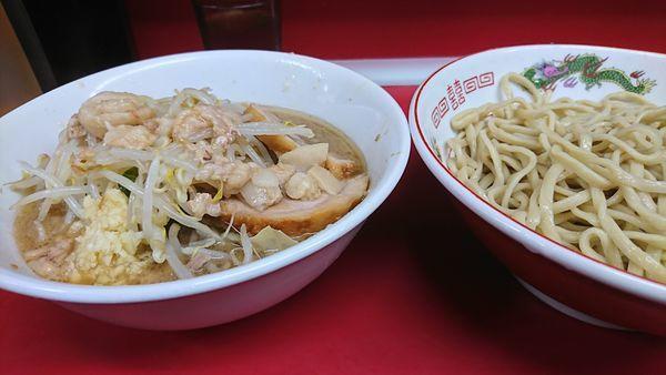 「つけ麺 スクナメヤサイマシニンニクアブラスコシマシ」@ラーメン二郎 湘南藤沢店の写真