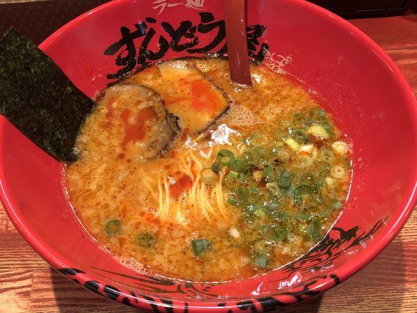 「元味HOTらーめん」@ラー麺 ずんどう屋 梅田店の写真