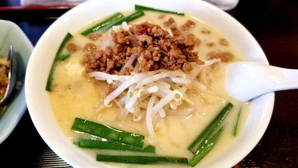 「豚骨台湾ラーメン」@中国料理 竹園の写真
