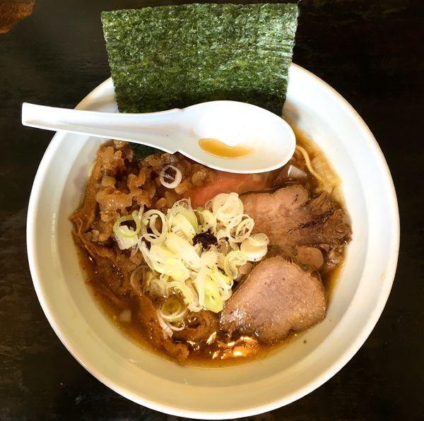 「[限定]牛タン中華そば」@濃麺 海月の写真