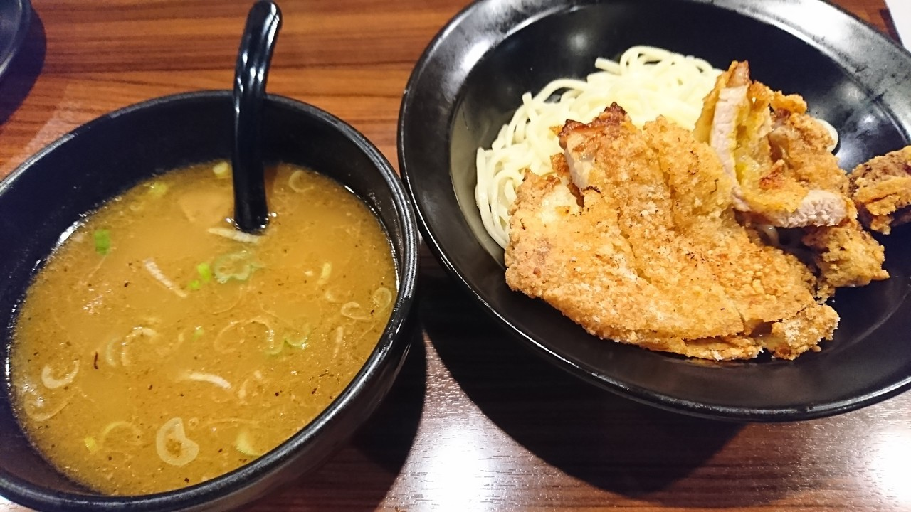 トンカツつけ麺