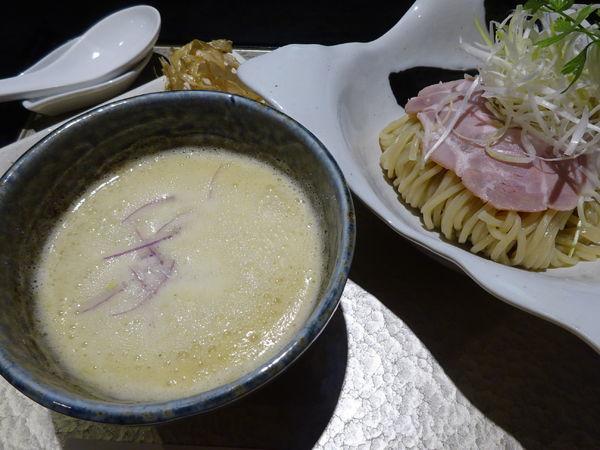 「鶏つけsoba 880円」@鶏soba 座銀 南船場にぼし店の写真