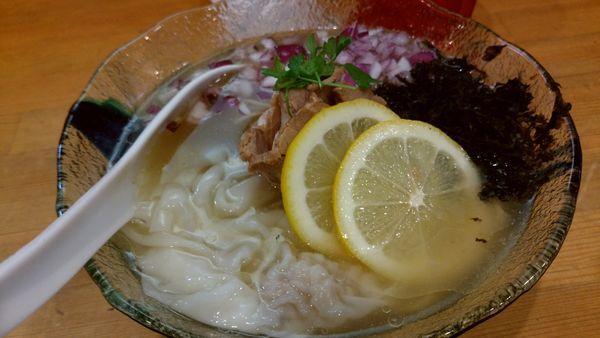 「ゲゲゲ焼鯵煮干しの冷SIOワンタ麺850円」@中華そば ムタヒロ 大阪福島店の写真