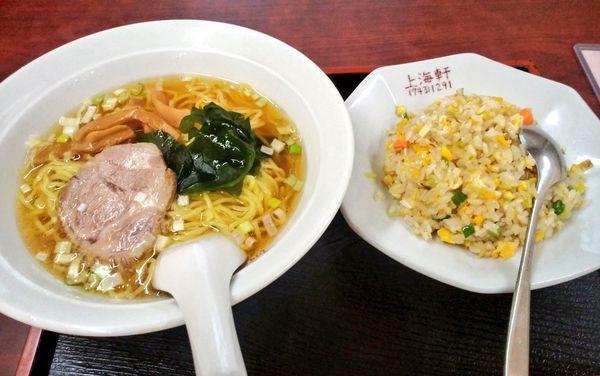 「ラーメン+炒飯セット」@上海軒の写真