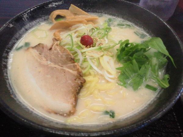 「白うま 690円、大盛(無料)」@煮豚亭 砂馬の写真