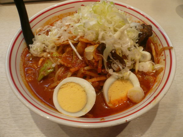 「五目味噌タンメン(ねぎ増し、麺半分、辛さ4倍)」@蒙古タンメン 中本 高田馬場店の写真