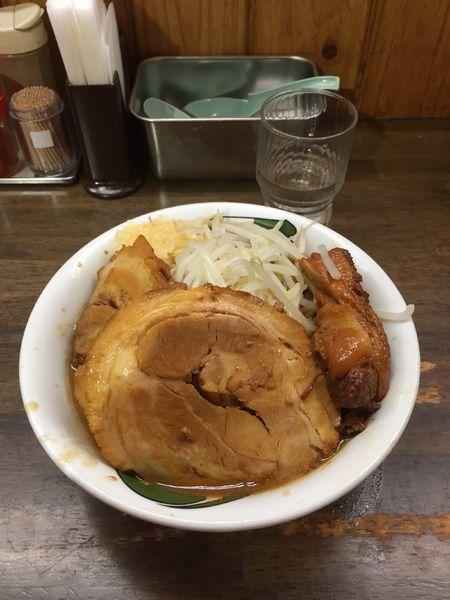 「雷そば(濃厚)+豚半増し ニンニク」@雷 本店の写真