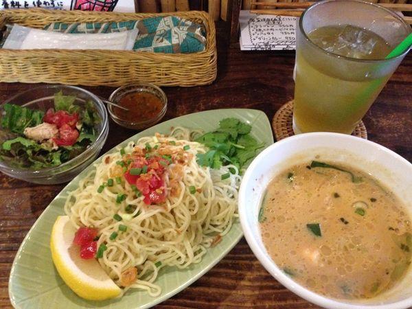 「トムヤムつけ麺」@Cafe POKAPOKAの写真