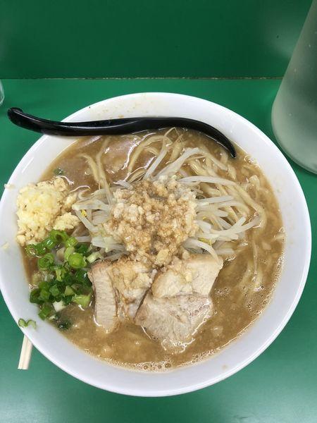 「ラーメン大盛り(アブラ増し、ニンニク増し)」@ラーメン つけ麺 熱く勢ろの写真