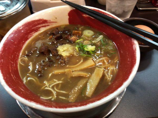 「特製にんにくラーメン 790円」@徳島ラーメン 麺王 神戸元町店の写真