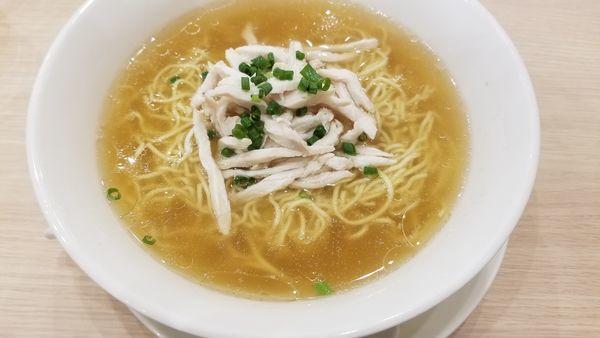 「鶏しお麺」@中華麺飯・飲茶 四川乃華 ichi イオンモール松本店の写真