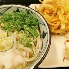 丸亀製麺 BIGHOPガーデンモール印西店の写真