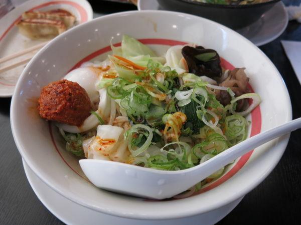 「台湾野菜まぜめん(ピリ辛系)+餃子セット:842円」@幸楽苑 足立一ツ家店の写真